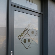 domino's window graphics